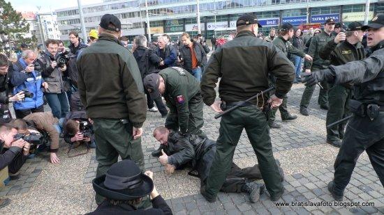 14_Bratislava_14_marec_26
